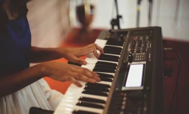 El piano como instrumento de enseñanza