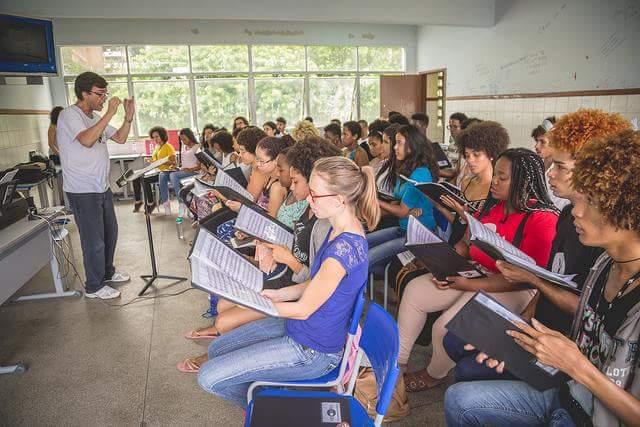 Pensartes Musical. Canto, Práctica Coral e Instrumentación